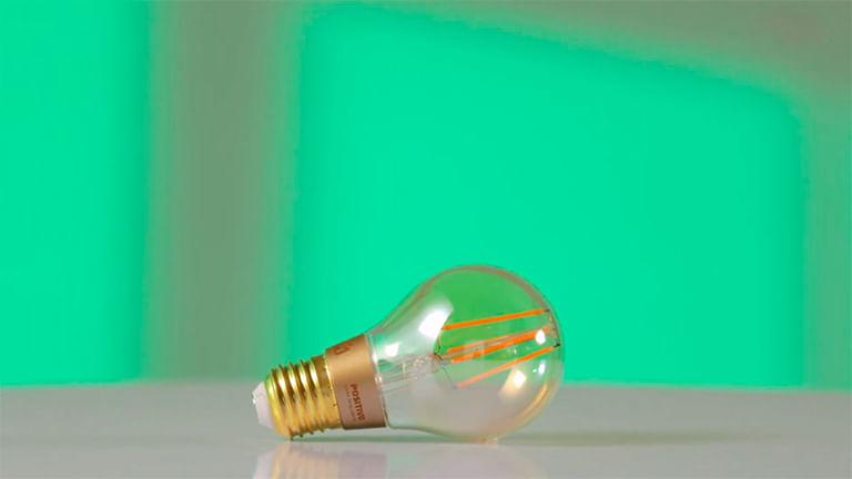 Smart Lâmpada Spot e Smart Lâmpada Retrô
